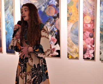 «Космічні експресії» художниці і співачки Olvia
